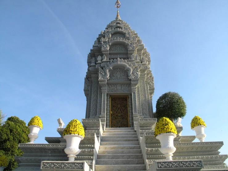 temple 2 phnom.jpg