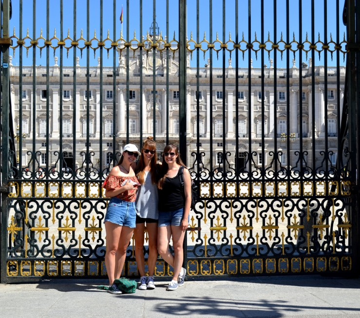 Madrid-3 cousines.jpg